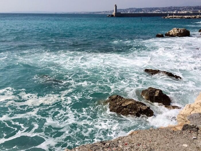 beaches waves on rock french riviera