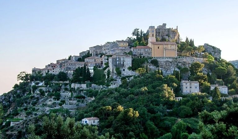 town on hilltop eze south france day trips