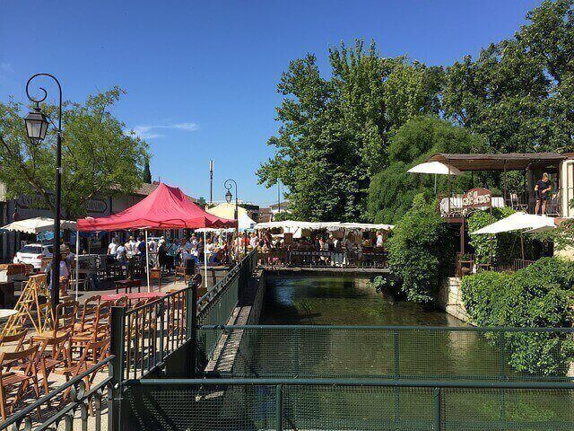 outdoor market canal sorgue south france
