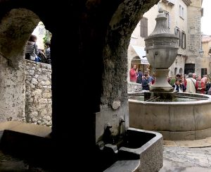 fountain view st paul vence daytrips