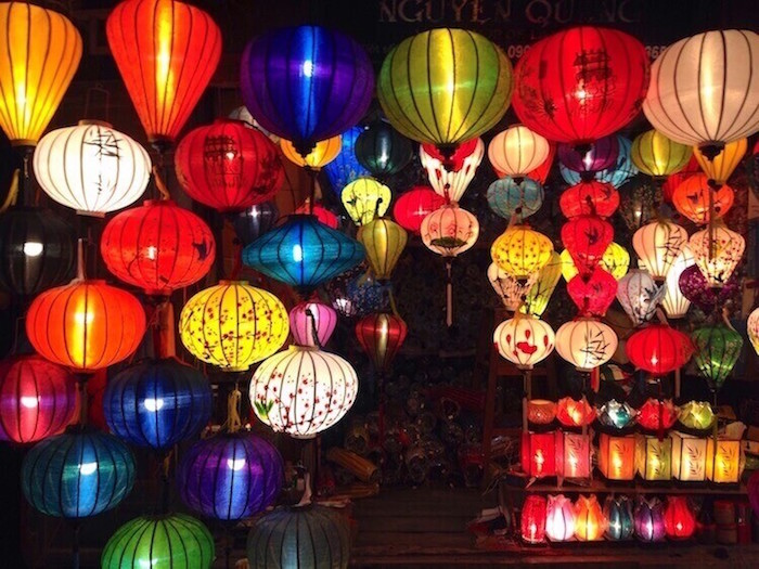 hoian night market