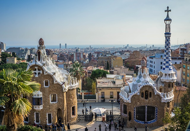 travel barcelona gaudi park guell