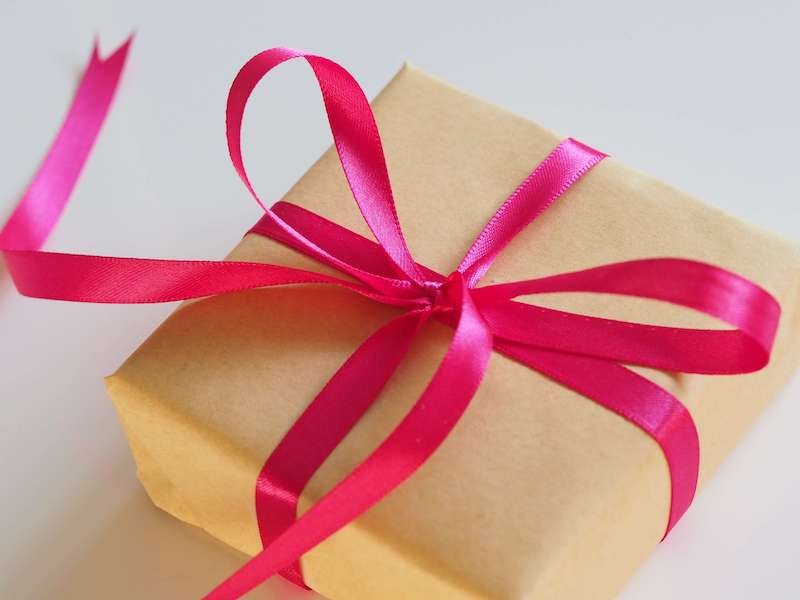 The Simple Art Of Gift Giving Made Easy