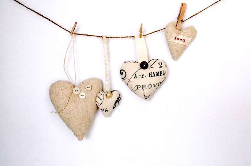 gift giving string of hearts