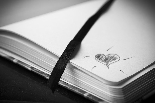 journal-heart-drawing